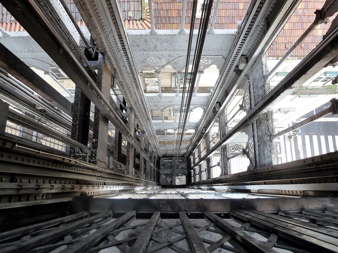 Javni poziv zajednicama etažinih vlasnika za sufinansiranje radova na sanaciji liftova